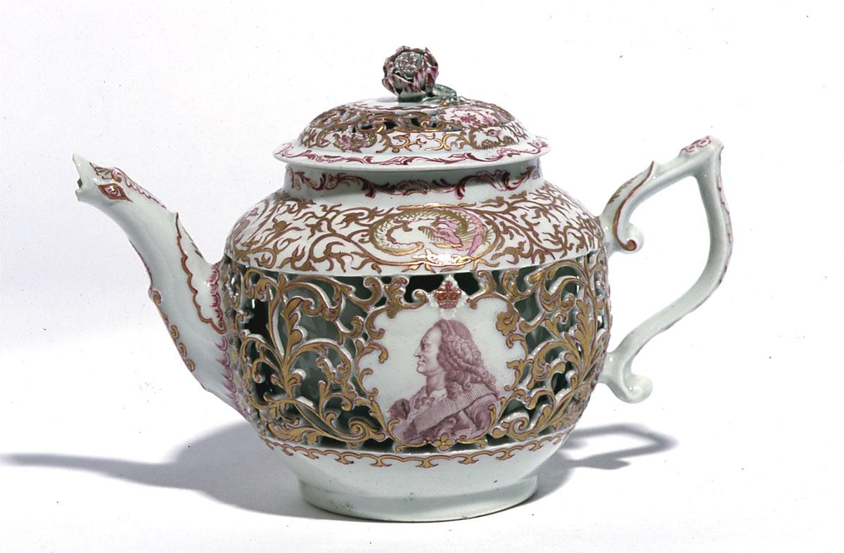 Worcester Teapot – Ludlow Collection